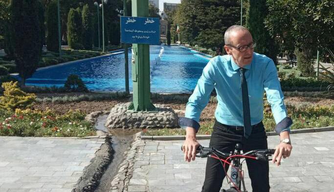 دوچرخهسواری سفیر اتریش در پارک شهر + عکس