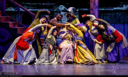 آیا تئاترهای موزیکال باب دل ایرانیهاست؟