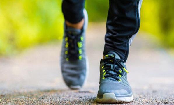 پیاده روی و عقربههای فشار خون