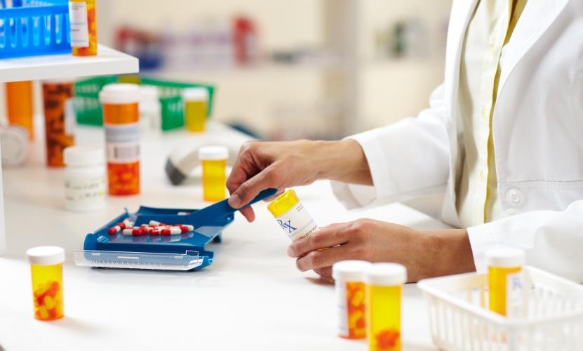داروی اوستین موجود در داروخانه ها مشکلی ندارد