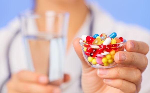 قبل از مصرف آنتی بیوتیک ها، 12 سوال از پزشکتان بپرسید