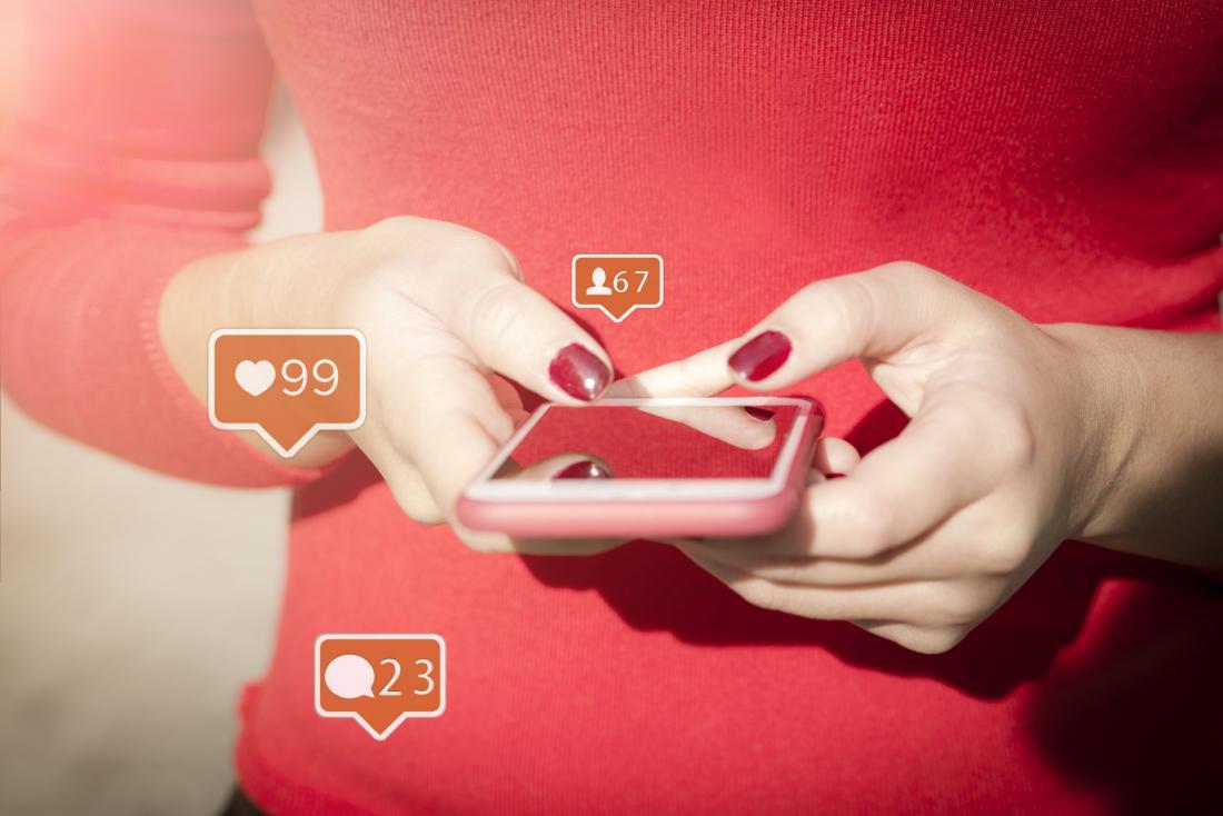 تفاوتهای رفتاری که مردان و زنان در شبکههای اجتماعی دارند