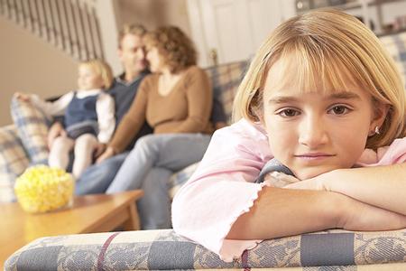 چطور بین فرزندان عادلانه رفتار کنیم؟