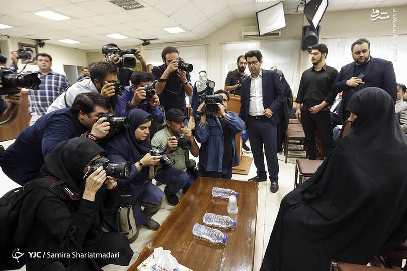دادگاه دختر وزیر برگزار شد + عکس