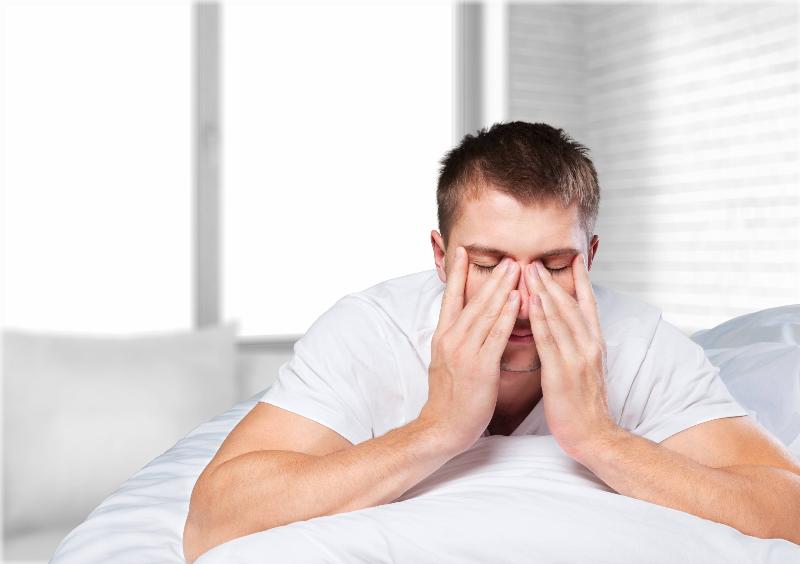 در هنگام عطسه، دهان و بینی خود را نبندید