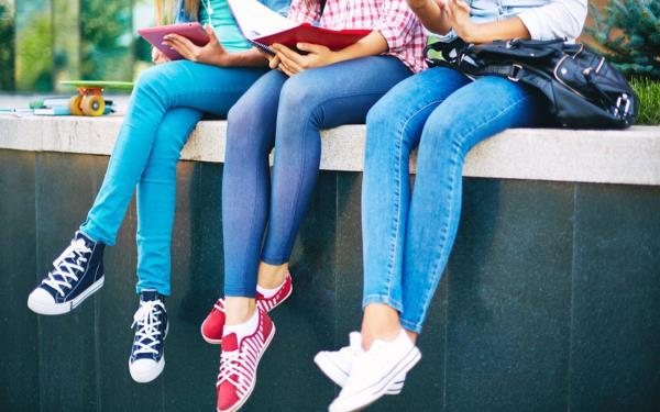 چطور پوشيدن شلوار تنگ و فاق كوتاه، سلامتي تان را نشانه مي گيرد؟