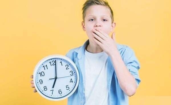 صبح زود مدرسه رفتن براي كودكان مضر است يا مفيد؟