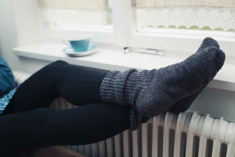 سرد شدن پاها چه دلايلي دارد؟
