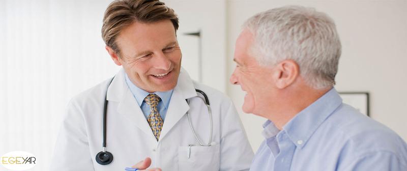 آيا به بيمار درباره بيمارياش بگوييم؟