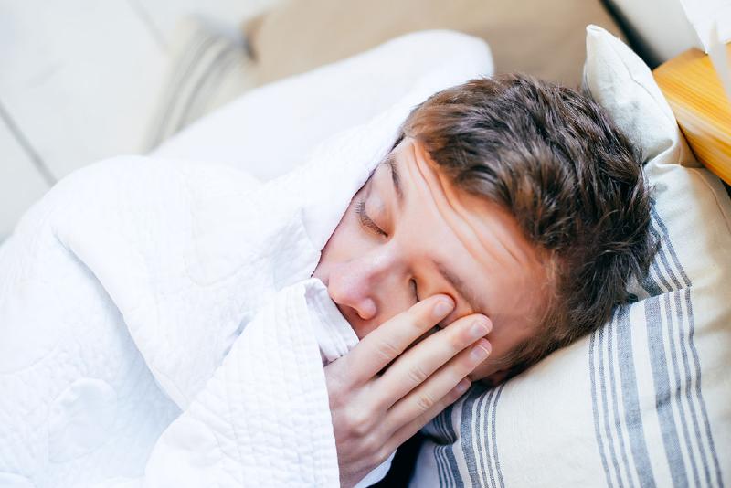 علت عرق كردن در خواب