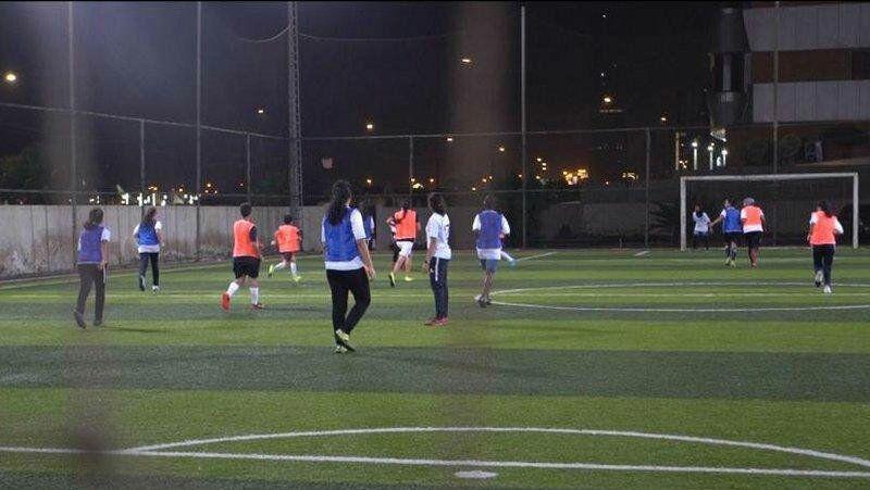 تمرین تیم های فوتبال بانوان عربستان + عکس