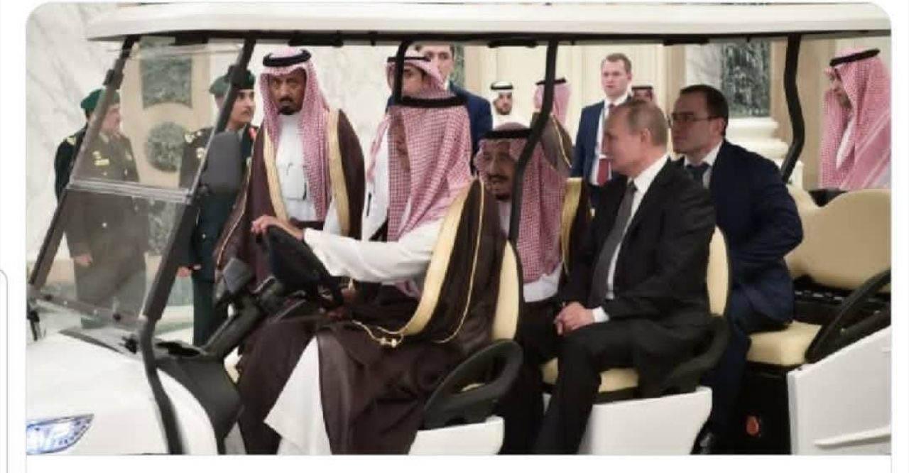 پوتین و ملک سلمان داخل خودروی برقی + عکس