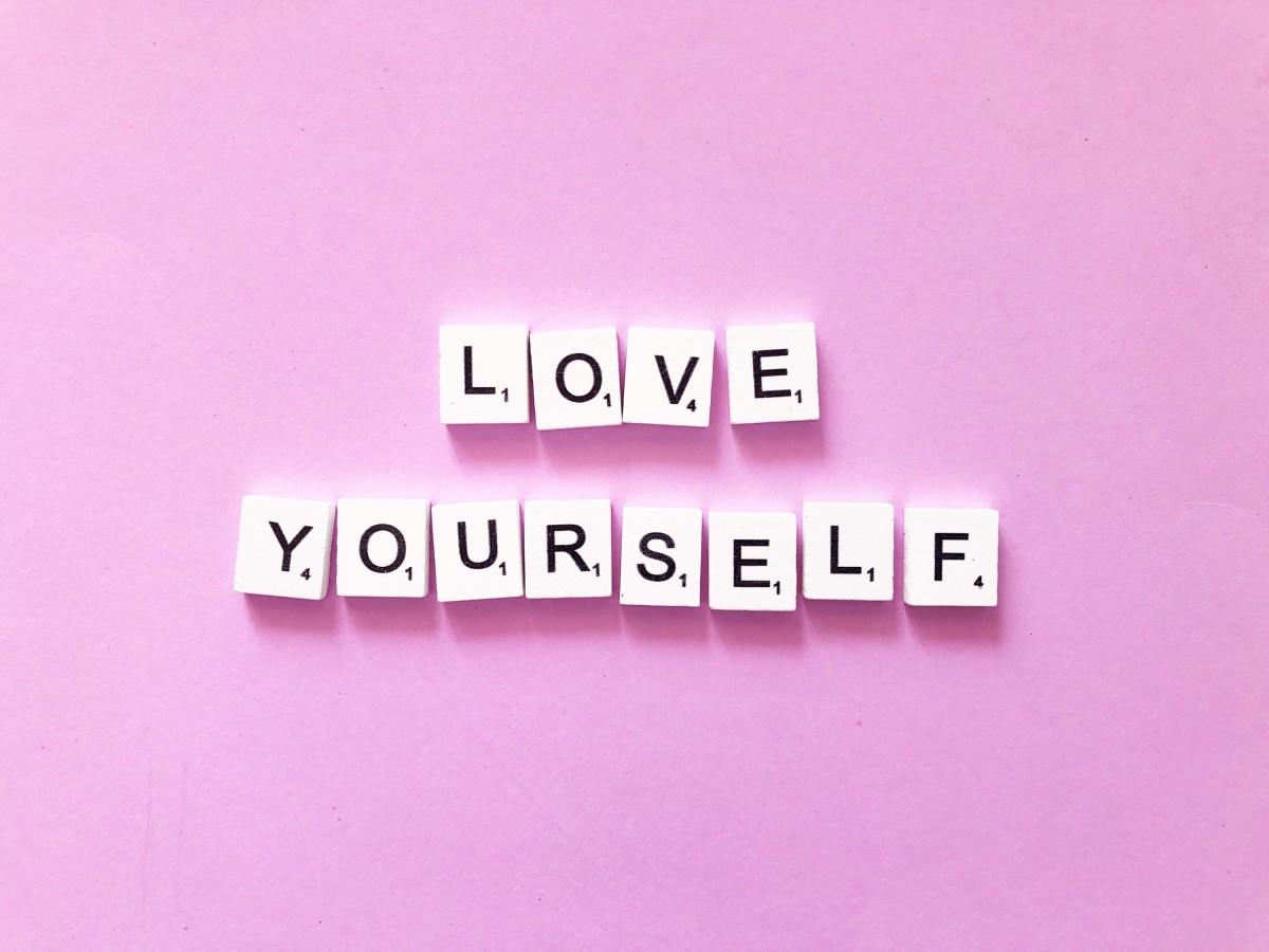 برای داشتن احساس خوب  گاهی هم  خودت را تحویل بگیر