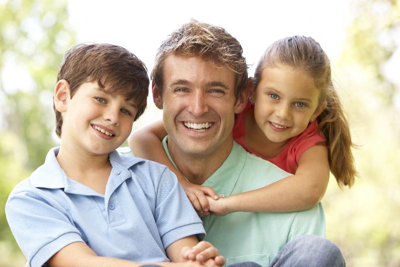 ۲۵ پیشنهاد سرگرمکننده برای وقتگذرانی در خانه با کودکان