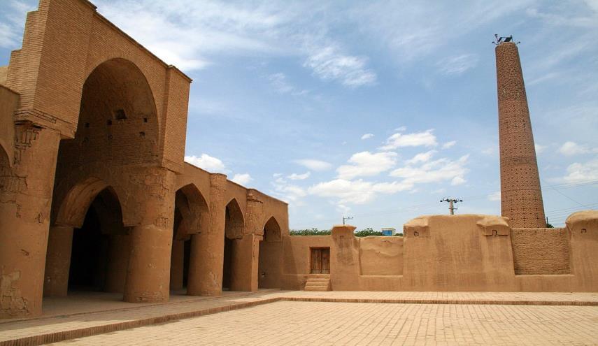 مسجد تاریخانه، بنایی به قدمت تاریخ اسلام