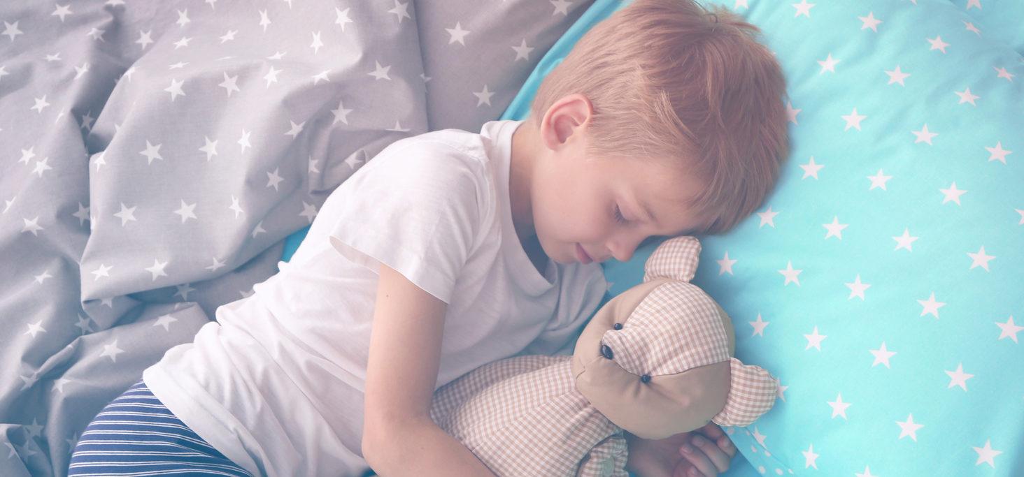 شب ادراری کودکانمان را چگونه درمان کنیم؟