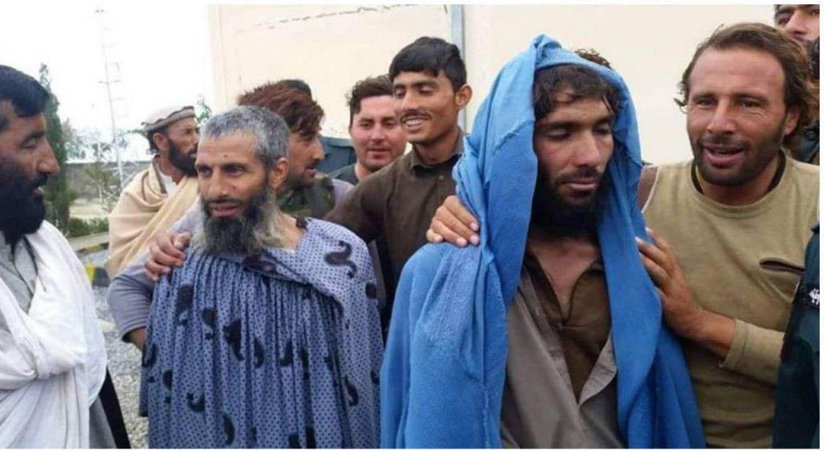 بازداشت چهار داعشی با لباس مبدل زنانه! + عکس
