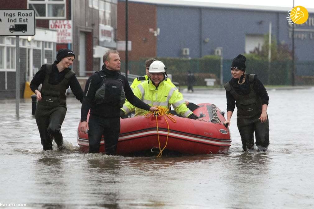 جاری شدن سیل در شمال انگلیس + عکس