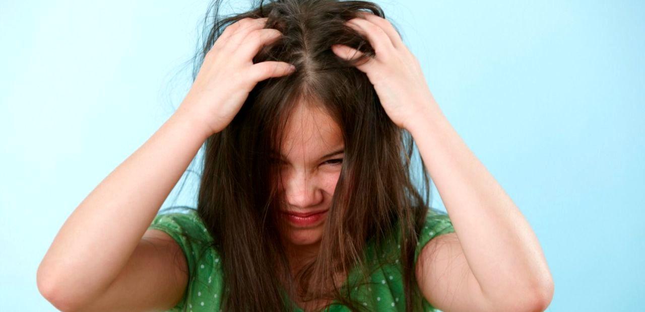درمان شپش با مالیدن سس مایونز به سر