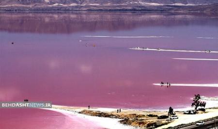 دریاچه صورتی خطرناک