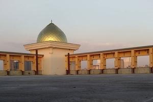 تکمیل گنبد مرکز فرهنگی و مسجد زینبیه استانبول