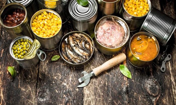 کنسروهای نجوشیده و قارچ های فله ای چه بلایی سرمان می آورند؟