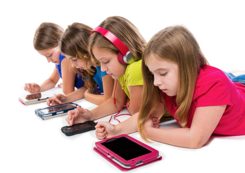 نوجوانان به تلفنهای خود «معتاد» نیستند
