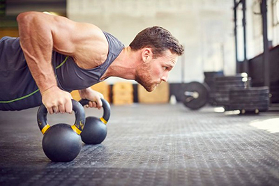 هفت دلیل برای  انجام ورزش های قدرتی