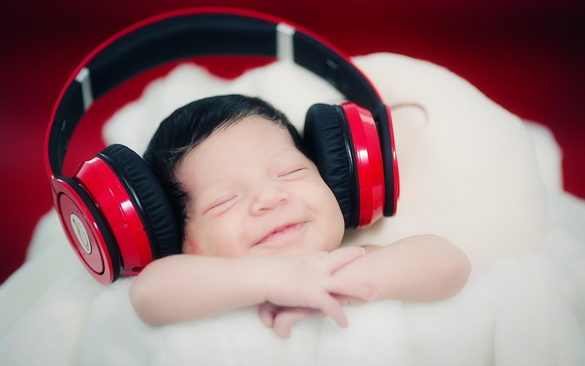 موسیقی به تکامل مغز کودکان کمک میکند؟