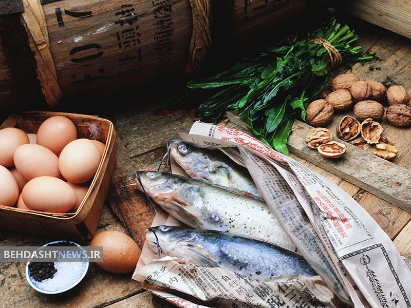 عوارض مصرف زیاد ماهی وتخم مرغ