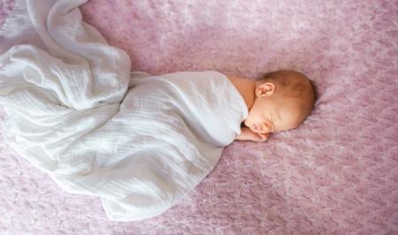 زمان مناسب برای آغاز مصرف قطره آهن در نوزادی