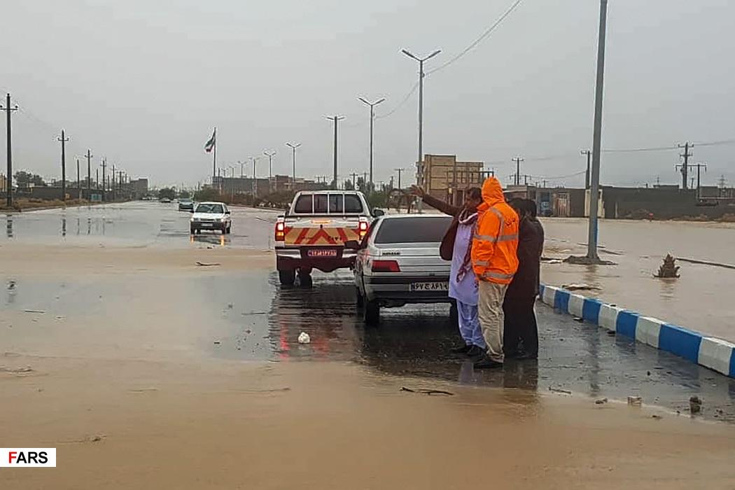 سیستان و بلوچستان چشم انتظار یاری + عکس