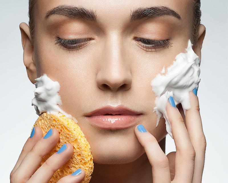 5تکنیک طلایی برای پاکسازی صورت در خانه