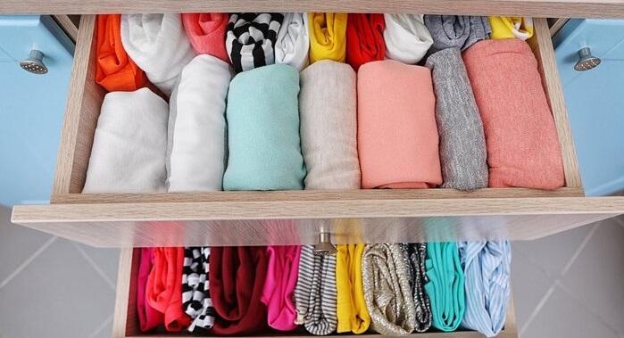 جمع کردن لباس با روش کن ماری؛ در ۵ مرحله