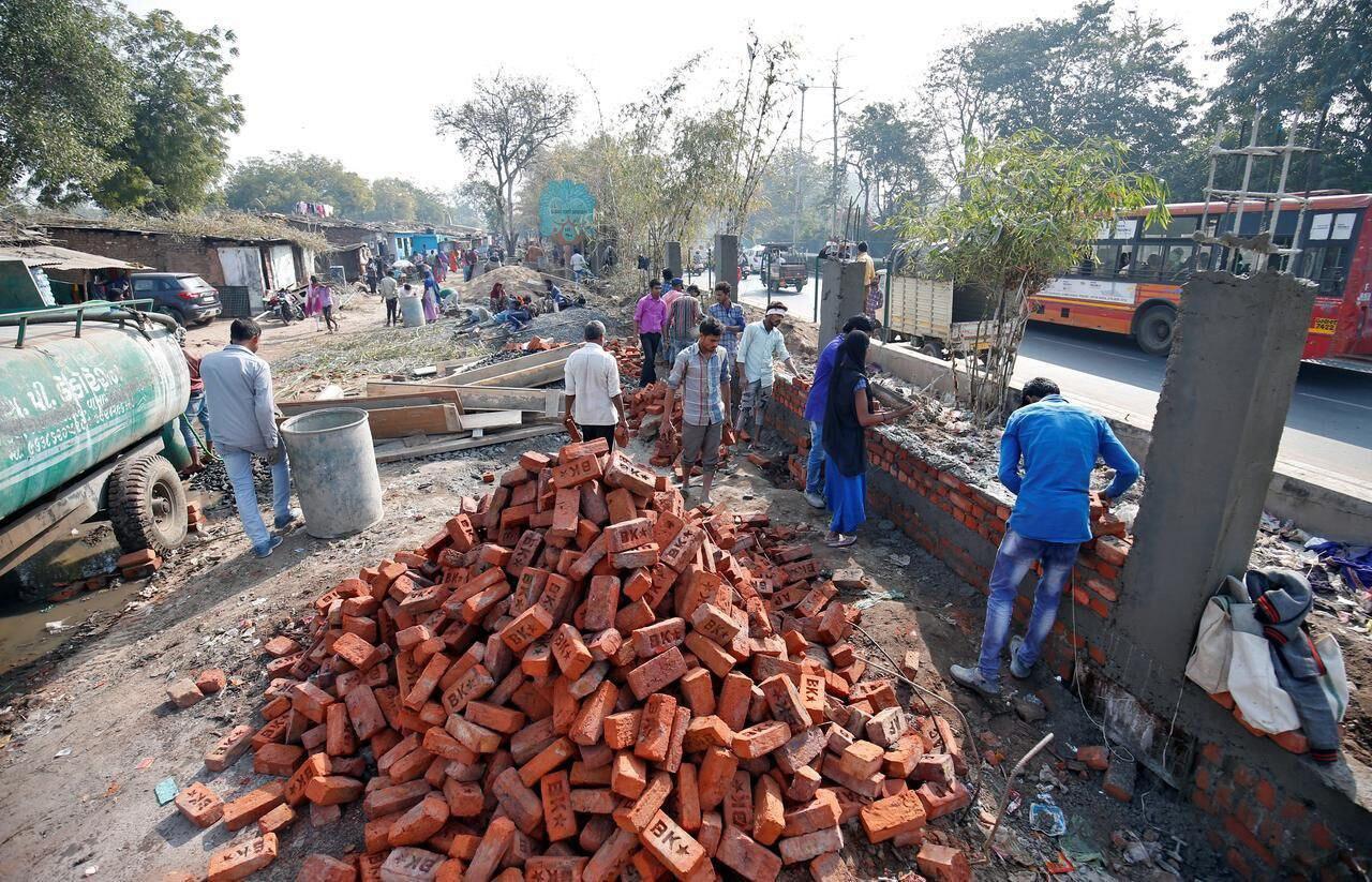 احداث دیوار در هند به خاطر ترامپ + عکس