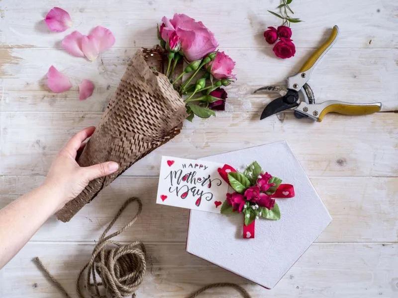 ۵ ایده خاص برای نوشتن پیام تبریک روز مادر