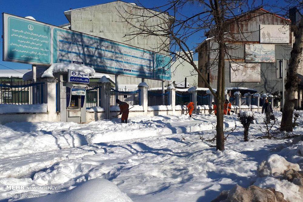 اوضاع شهر رشت با گذشت ۳ روز از بارش برف + عکس