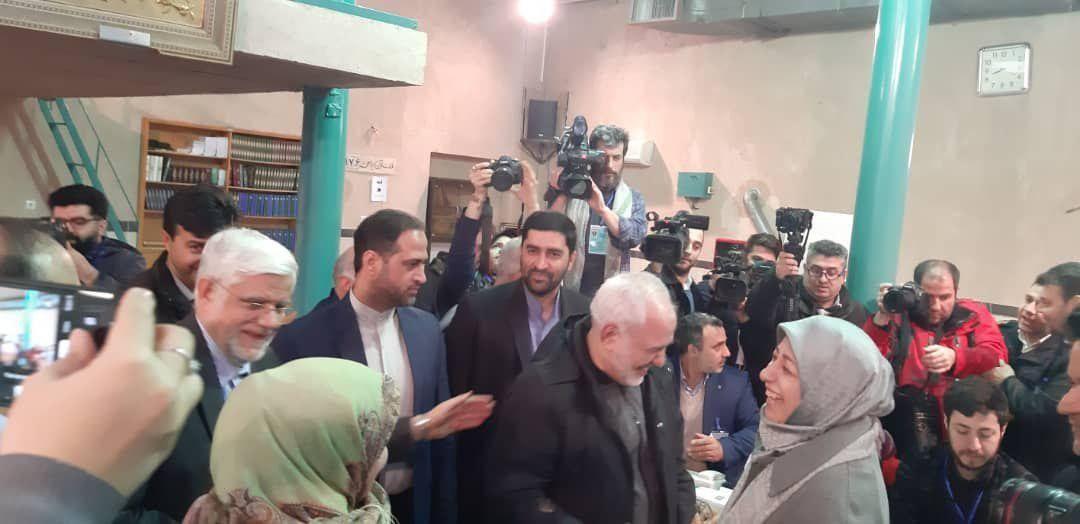 حضور محمدجواد ظریف و محمدرضا عارف پای صندوق رای + عکس