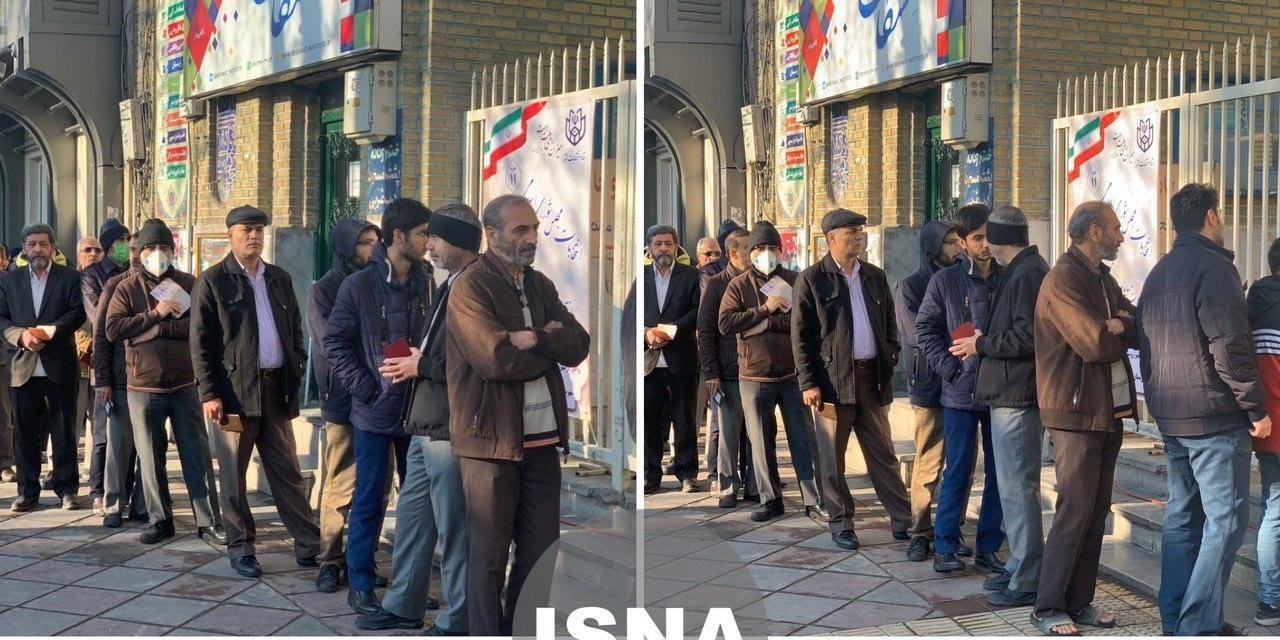 صف رایگیری در مسجد نارمک تهران در ساعت ۸ صبح + عکس