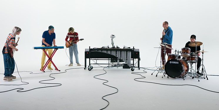 رباتی که مینوازد و کنسرت برگزار میکند+ تصاویر