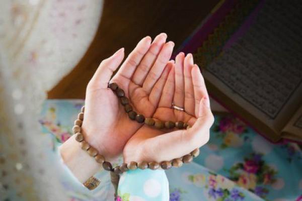 دعا و دارو؛ سلاح مقابله با بیماری