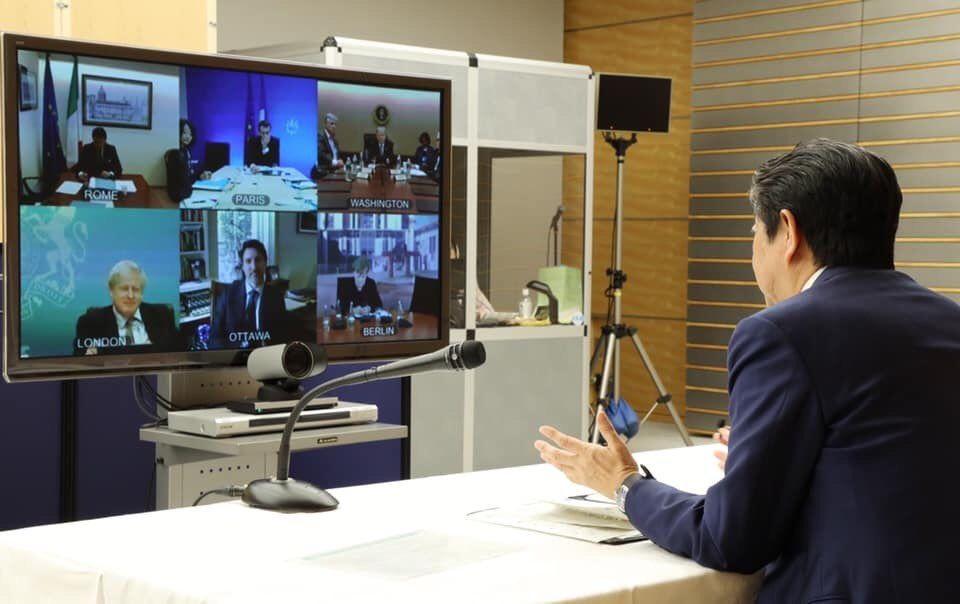 جلسه آنلاین شینزو آبه با سران جهان + عکس