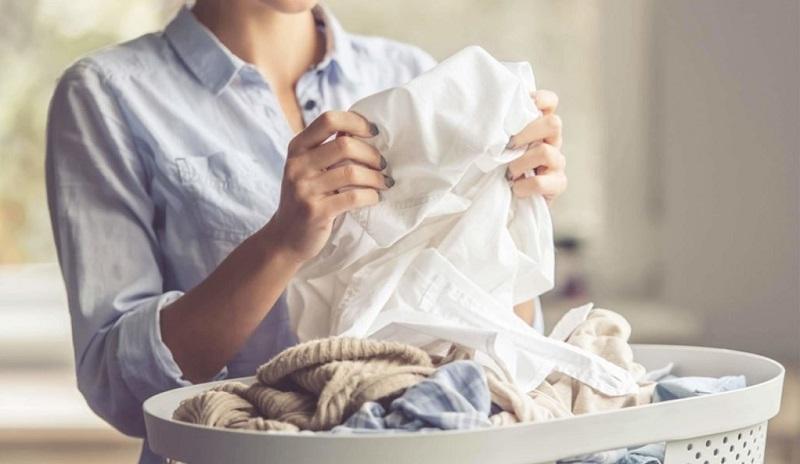 بهترین و سادهترین راه برای ضدعفونی کردن لباسها پس از ورود به خانه