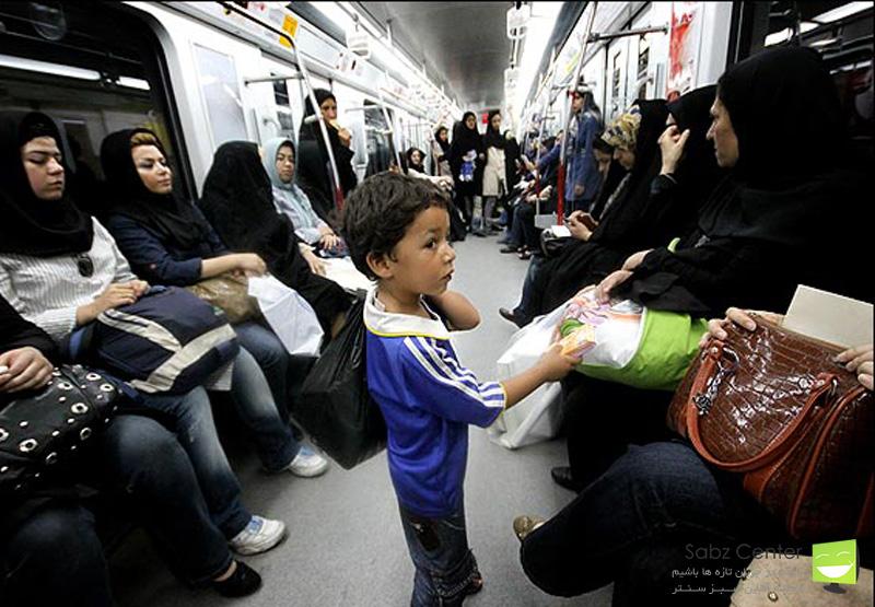 مسافران مترو از دستکش و ماسک استفاده کنند