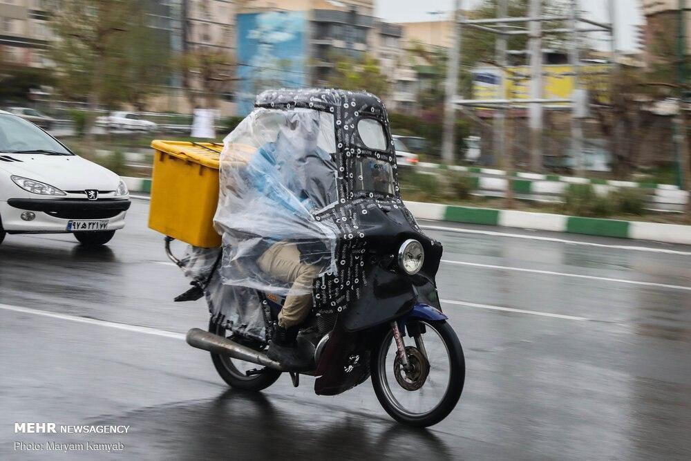 پوشش ضدکرونایی موتور سیکلت یک شهروند + عکس