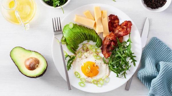 موثرترین رژیمهای غذایی برای کاهش وزن چه ویژگیهایی دارند؟