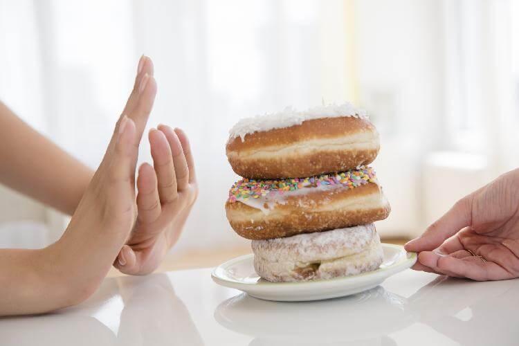 ۷ اتقاق خوب در بدن پس از ترک شیرینی و شکلات