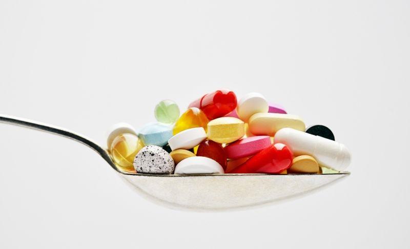 بخور و نخورهای داروهای مُسکن در روزهای کرونایی