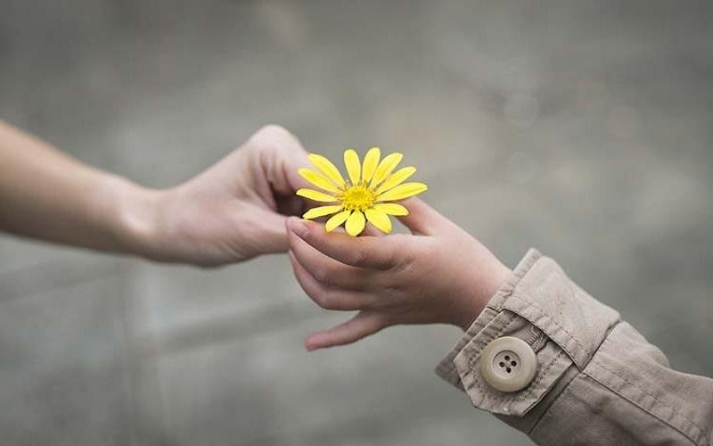 اولویتبندی اسلام برای کمک کردن به دیگران