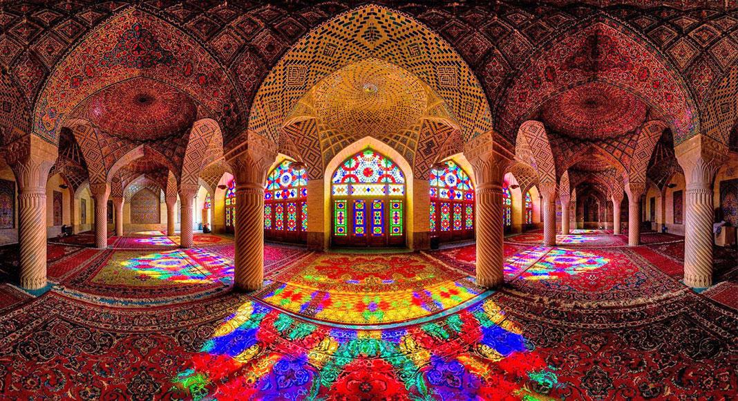 چه چیزی در انتظار گردشگری ایران است؟